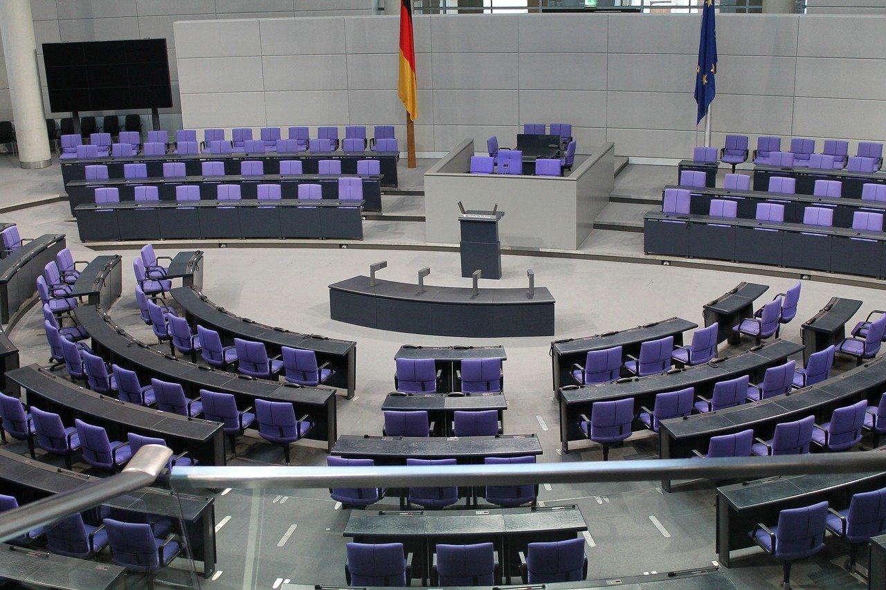 Grüne fordern Nüßlein zu Rückgabe des Bundestagsmandats auf